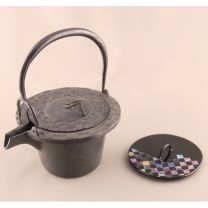 Cast Iron Kettle (Ichimatsu) with Iron Lid. Lacquer Replacement Lid Included